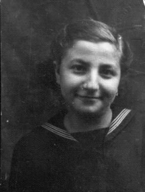 Surica in fotografia de pe Schutzpass, Budapesta, 1944